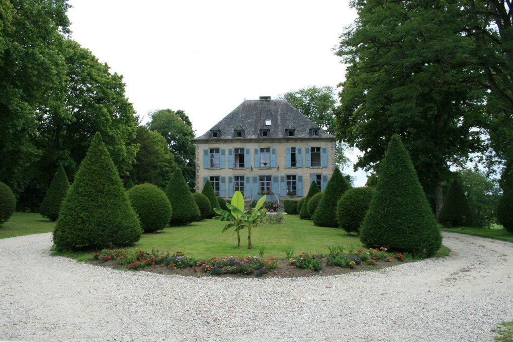 Crédit : http://www.chateau-fort-manoir-chateau.eu
